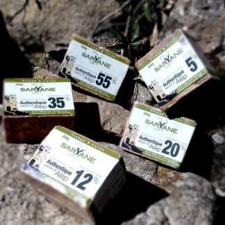 Lot Découverte - 5 Savons d'Alep traditionnels de 5% à 55% d'huile de baie de laurier : -5% ! Conçus à Alep selon le savoir-faire millénaire des maîtres-savonniers d'Alep. Savons d'Alep sans colorant, sans parfum, sans additif. Achat du Lot Découverte - 5 Savons d'Alep traditionnels à 28,50 € sur Savon-Alep.Shop.